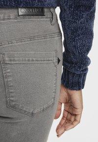 Oxmo - Irabelle - Slim fit jeans - grey denim - 4