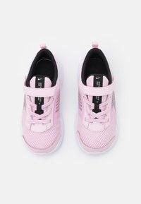 Nike Performance - DOWNSHIFTER 11  - Neutrální běžecké boty - pink foam/metallic silver/black/white - 3