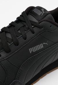 Puma - ST RUNNER V2 FULL UNISEX - Sneakersy niskie - black/castlerock/white - 3