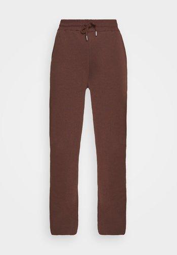 PERFECT SLOUCHY PANTS - Joggebukse - brown
