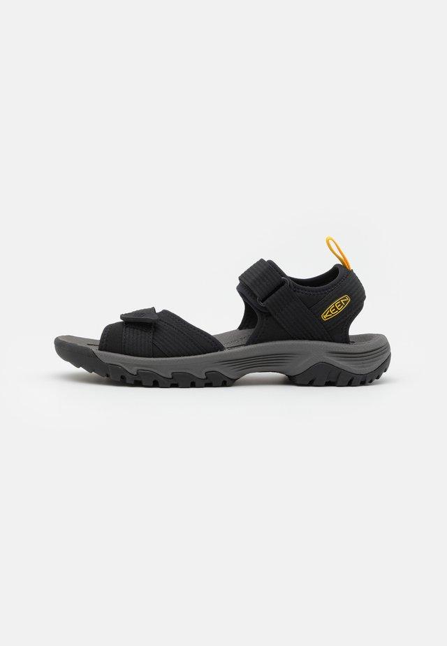 TARGHEE III OPEN TOE - Sandały trekkingowe - black/yellow
