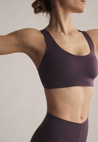 OYSHO - Sports bra - dark purple - 3
