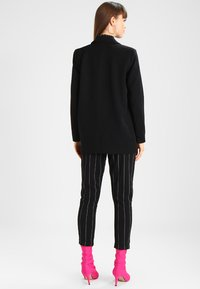 Minimum - TARA  - Short coat - black - 2