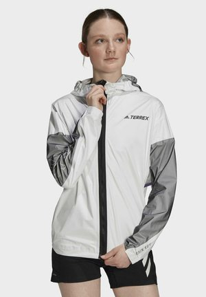 Impermeable - white