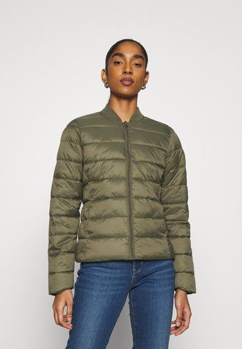 ONLSANDIE QUILTED JACKET