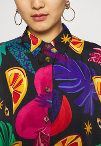 Farm Rio - MYSTIC JUNGLE SHIRT - Button-down blouse - multi - 5