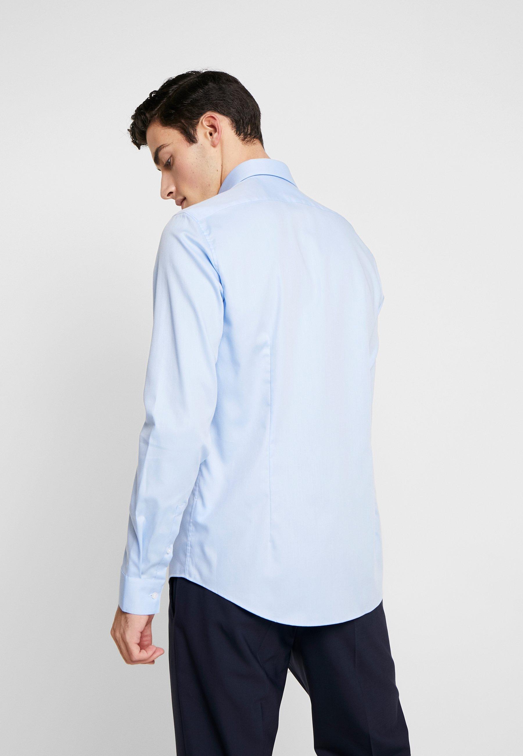 Calvin Klein Tailored STRUCTURE EASY IRON SLIM SHIRT - Hemd - blue | Herrenbekleidung 2020