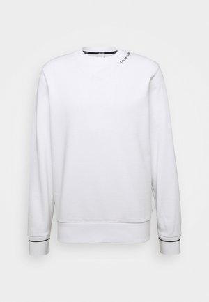NECKLINE LOGO - Collegepaita - white