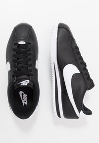 Nike Sportswear - CORTEZ BASIC - Trainers - black/white/metallic silver - 1