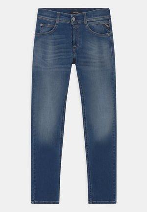 HYPERFLEX BIO - Slim fit jeans - blue denim