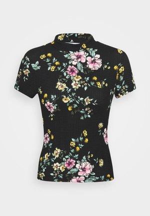 ONLZILLE SMOCK NECK  - T-shirt z nadrukiem - black/big flower