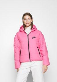 Nike Sportswear - CORE  - Chaqueta de entretiempo - pink glow/black - 0