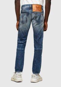 Diesel - D-STRUKT - Straight leg jeans - medium blue - 2