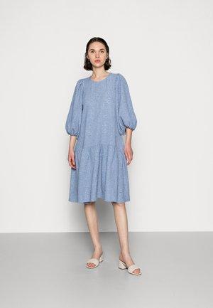 GALAXY DRESS - Kjole - stonewash