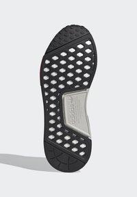 adidas Originals - NMD_R1 UNISEX - Trainers - core black/silver metallic/solar red - 5