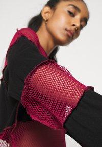 The Ragged Priest - FISHNET SKATER DRESS - Jersey dress - black/red - 8