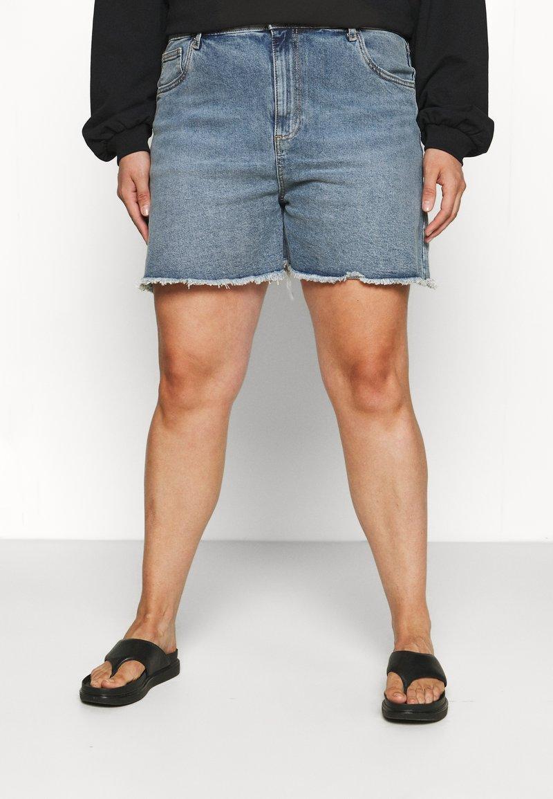 Cotton On Curve - HIGH WAISTED - Denim shorts - brunswick blue