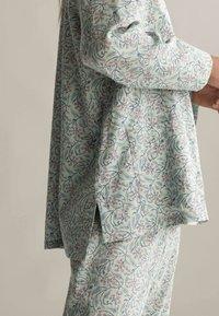 OYSHO - Pyjama top - green - 4