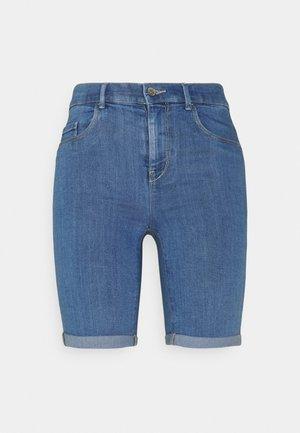 ONLRAIN LIFE MID LONG - Jeansshort - medium blue denim
