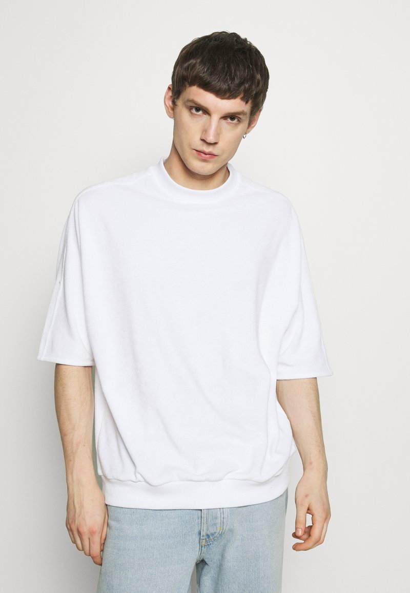 Hummel Hive - PEER LOOSE - Print T-shirt - white