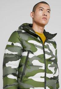 Nike Sportswear - Vinterjacka - medium olive/sequoia - 3