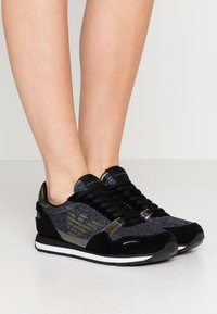Emporio Armani - Trainers - black/gold - 0