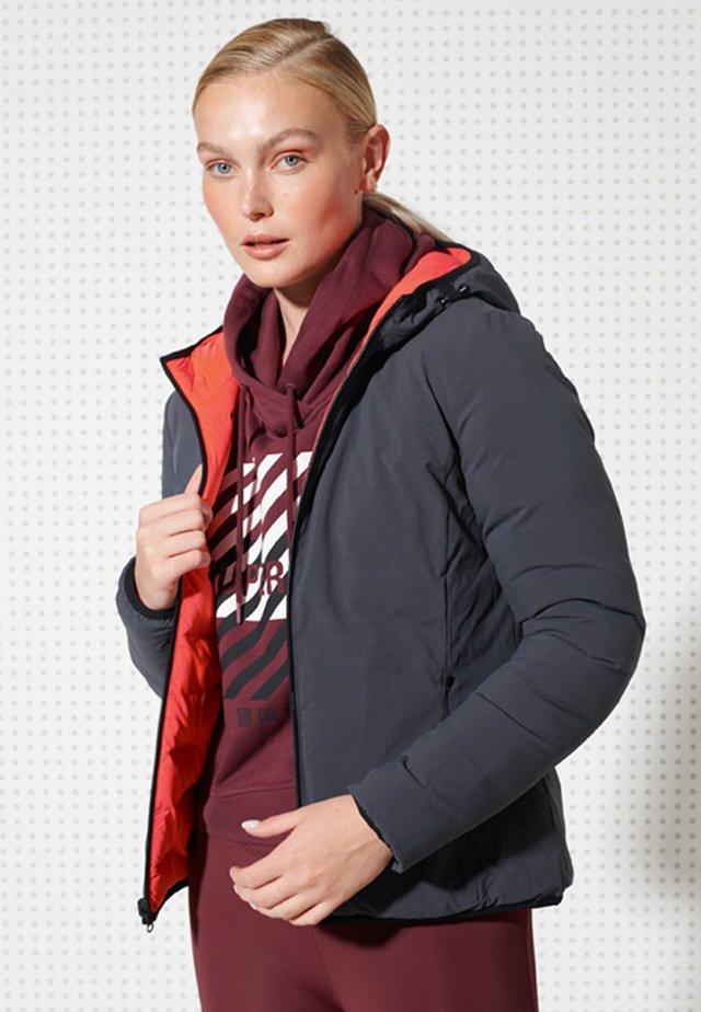 REVERSIBLE - Outdoor jacket - neon red