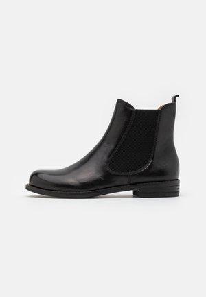 AVENA - Kotníkové boty - black