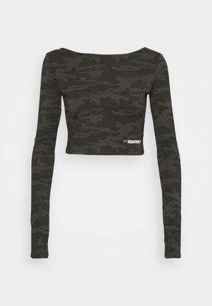 WARRIOR CROP TEE - Långärmad tröja - black