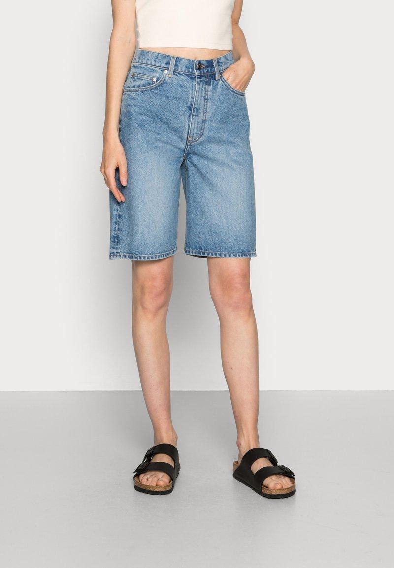 ARKET - Denim shorts - blue