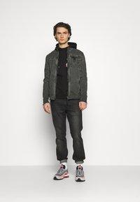 Be Edgy - JENDRIK - Denim jacket - jet black - 1