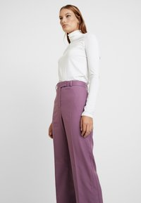 Calvin Klein - FINE CIGARETTE PANT - Trousers - purple - 3