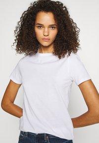 New Look Tall - ORGANIC TEE 2 PACK - Jednoduché triko - black/white - 3