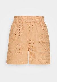 YAS - YASSADO - Shorts - sandstorm - 3