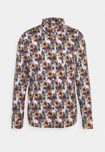 Skjorta - hallucinate