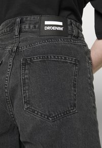 Dr.Denim - MEJA - Shorts di jeans - retro black - 5