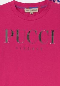 Emilio Pucci - Print T-shirt - pink - 2