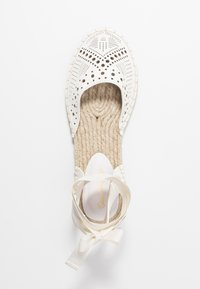 Miss Selfridge - LIBRA  - Loafers - white - 3