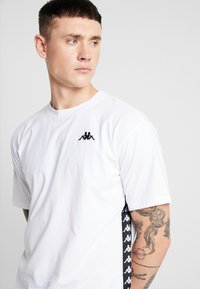 Kappa - VAMPIR - Print T-shirt - white - 4
