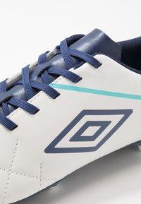 Umbro - MEDUSÆ III LEAGUE FG - Scarpe da calcetto con tacchetti - white/medieval blue/blue radiance - 5