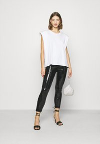 ONLY - ONLRONA SEQUENCE - Trousers - black - 1