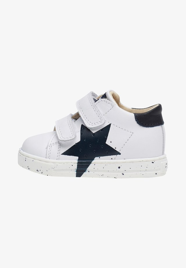 VENUS - Trainers - white