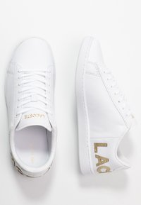 Lacoste - CARNABY EVO  - Trainers - white - 3