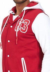 Rusty Neal - COLLEGE JACKE HERREN SWEATSHIRT KAPUZENPULLER US COLLEGE LOS ANG - Zip-up hoodie - rot / weiß - 1
