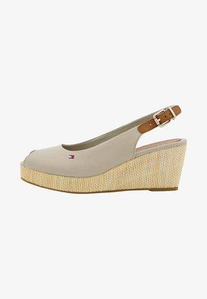 ELBA - Sandały na platformie - taupe