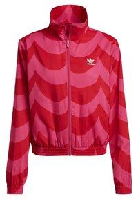 adidas Originals - X MARIMEKKO - Veste de survêtement - vivid red/team real magenta - 7