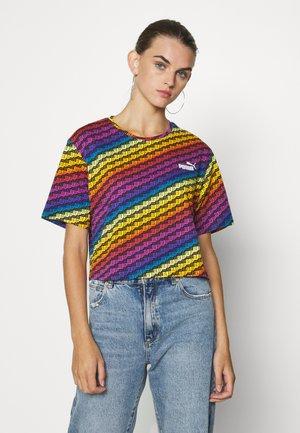 PRIDE TEE - Print T-shirt - black