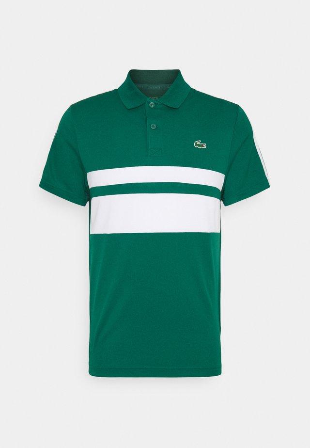 TENNIS - T-shirt sportiva - bottle green/white
