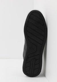 Lacoste - NOVAS - Sneakersy niskie - black - 4