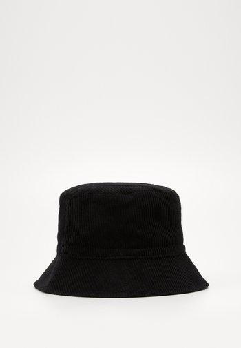 PCJIOLA BUCKET HAT - Hatt - black